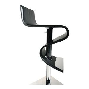 Exkluzívna kožená barová stolička, chrómovaná noha a opierka nôh.
