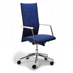 kancelárska stolička Noneto Una 100 - klasická kancelárska stolička, ktorá sa vyznačuje svojou jednoduchou konštrukciou a moderným dynamickým dizajnom. Spoločným znakom rady Noneto je subtilné tvarované operadlo, ktorý vďaka svojím ergonomickým vlastnostiam vyzdvihuje celú radu medzi najpohodlnejšie stoličky. Týmito vlastnosťami a prijateľnou cenou sa stoličky Noneto hodia do bežných moderných kancelárií a rokovacích miestností s požiadavkou kvalitného sedenia.